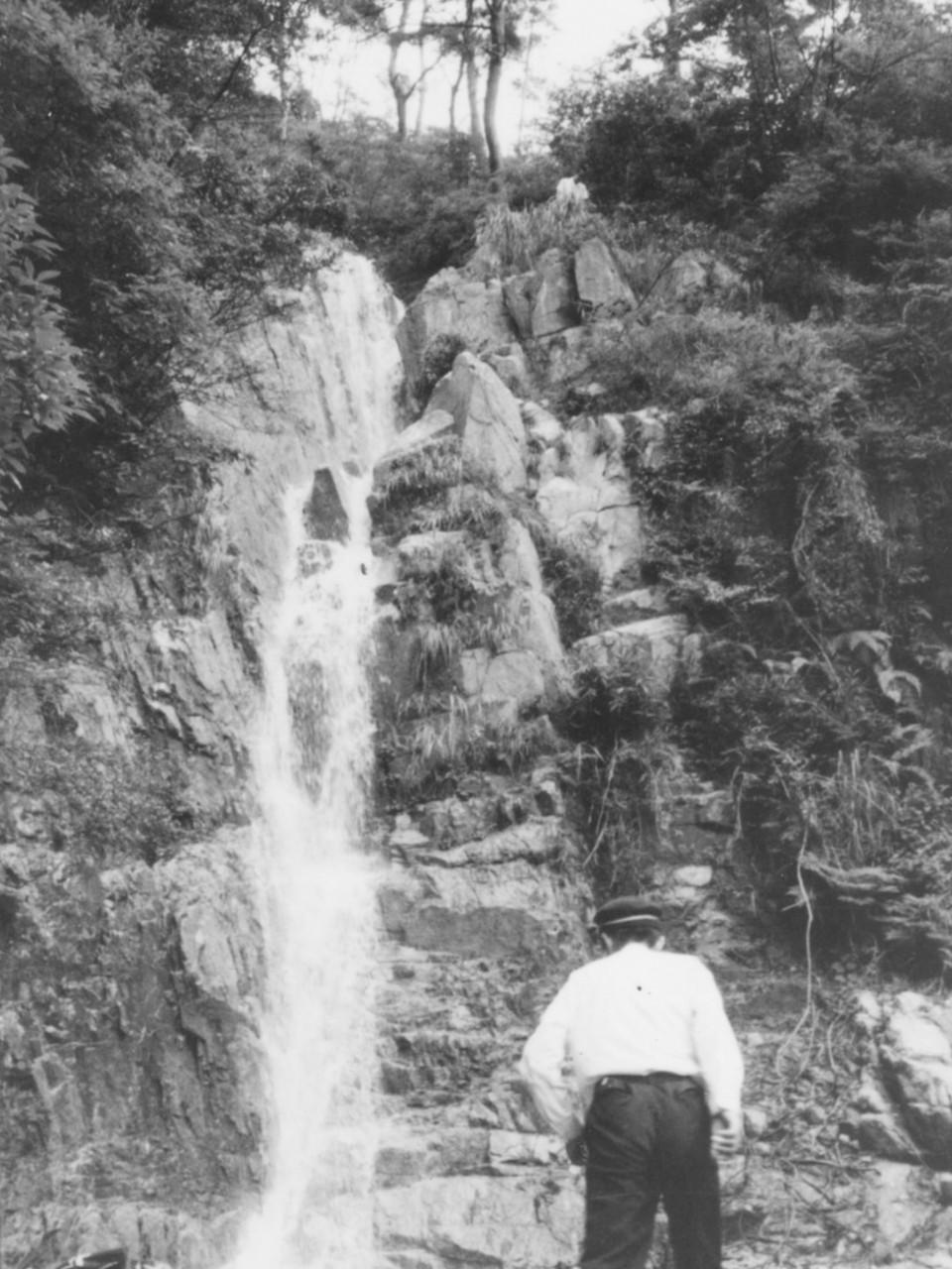 ハチノス滝_過去